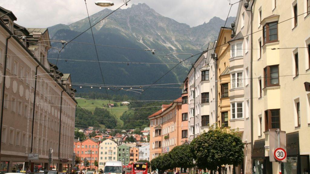 Innsbruck - Blick auf Berge