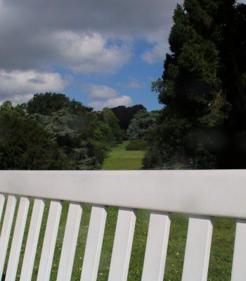 """""""Vorgarten"""" der Villa Hügel"""