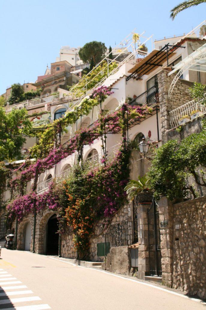 wunderschöne Gasse in Positano an der Amalfiküste