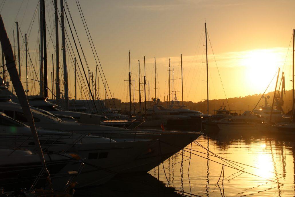 Sonnenuntergang am Hafen von Palma