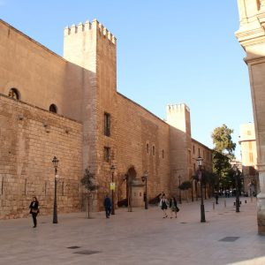 Aussenansicht des Königspalasts La Almudaina