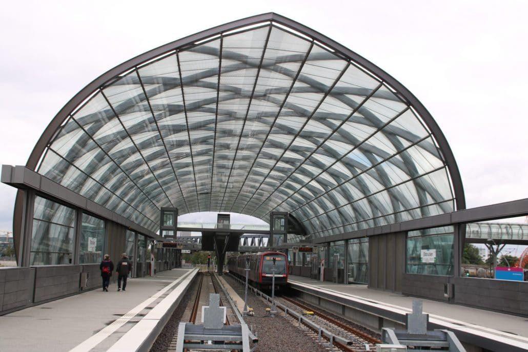 Dachkonstruktion Endhaltestelle Elbbrücken