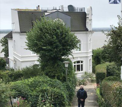 Spaziergang durchs Treppenviertel Blankenese