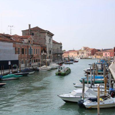 Häuser am Kanal in Murano