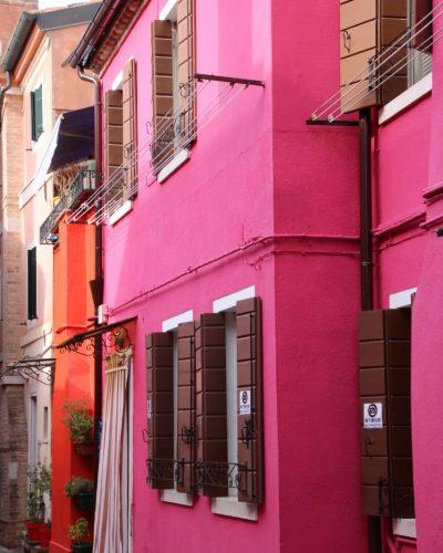 pink neben orange geht nur in Burano