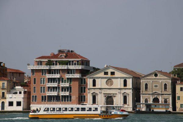 Boot von Alilaguna in Venedig