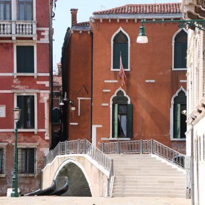 typische Brücke in Venedig